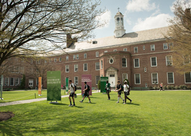 Du-học-tại-Cao-đẳng-Manhattan-để-nhận-nhiều-phần-học-bổng-có-giá-trị-tại-Mỹ